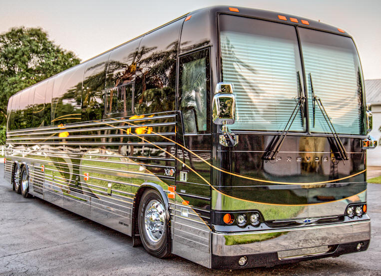 2013 X3 Prevost Motorhome / Star Coach # 49008 For Sale at Staley Coach in Nashville, Tennessee