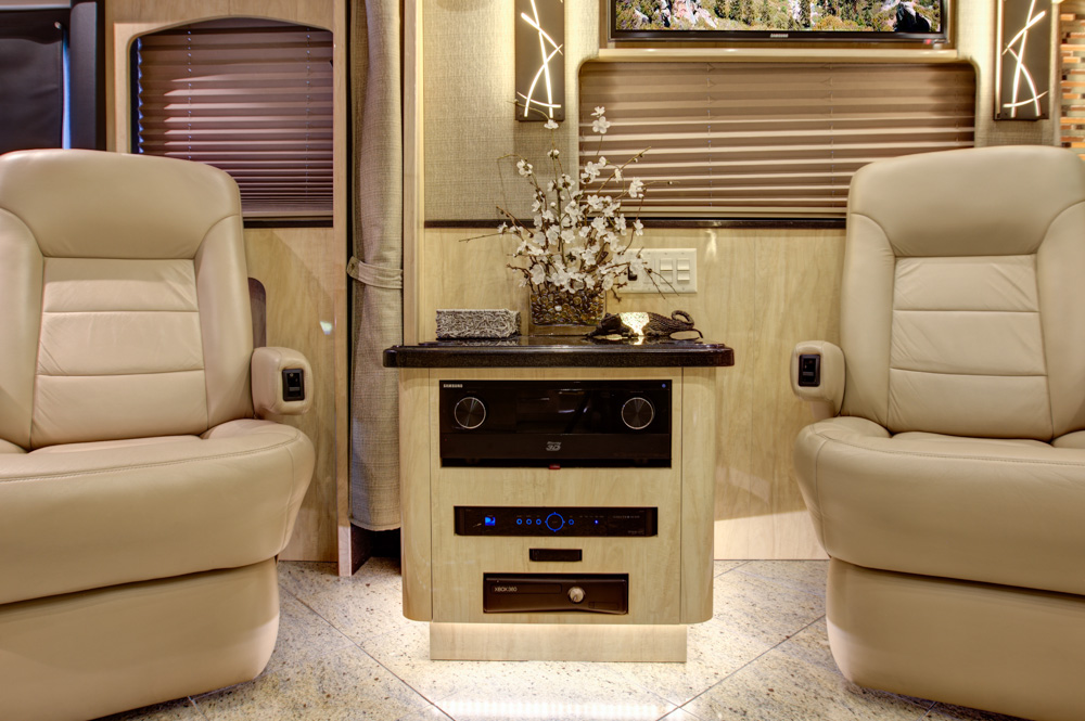 2013 X3 Prevost Star Coach # 49008 For Sale at Staley Coach, Nashville, Tennessee