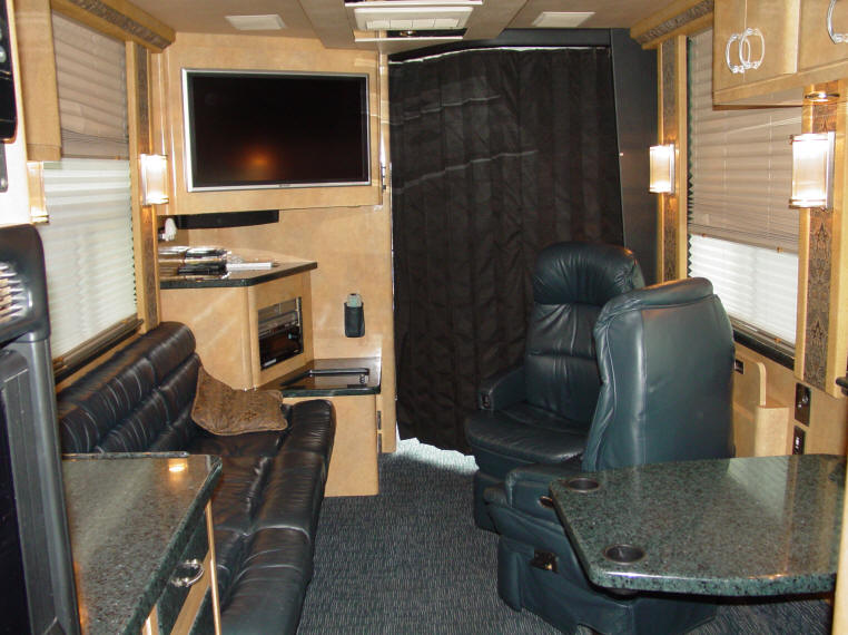 2005 45 Ft. Prevost XLII STar Bus available For Sale at Staley Bus Sales, Nashville, Tennessee