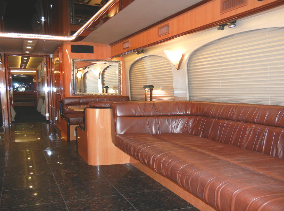 2003 Prevost H3-45 Entertainer Bus # 49207 For Sale at Staley Bus Sales in Nashville, TN