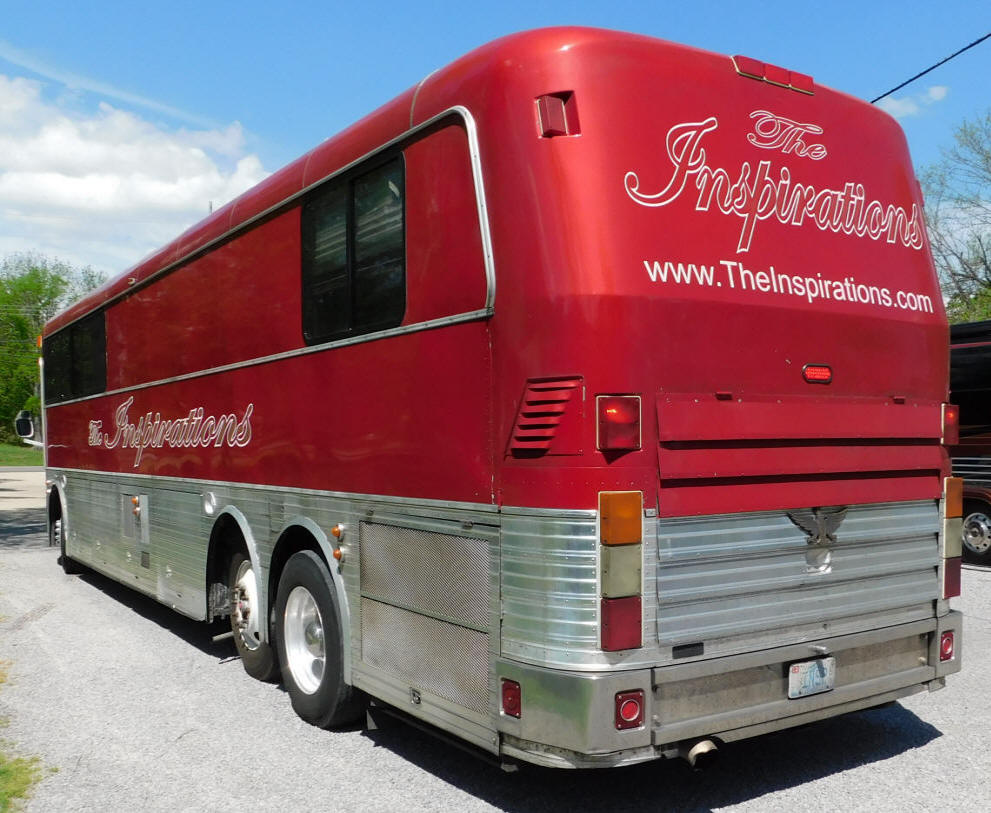 1996 45 Ft. Eagle MOdel 15 Entertainer Bus # 49255 For Sale at Staley Bus Sales in Nashville, Tennessee.