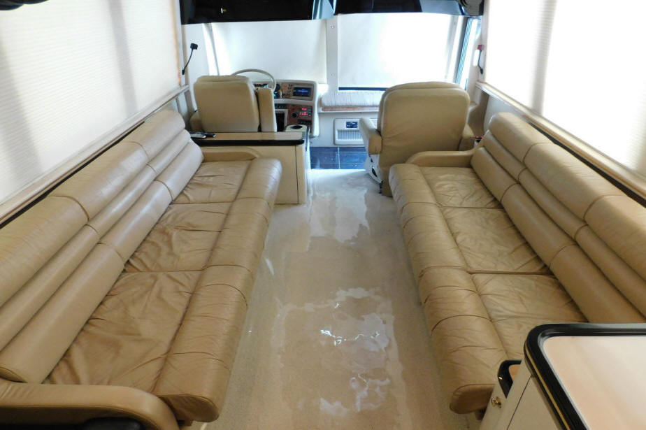 1999 Prevost LeMirage XL Executive / VIP Bus