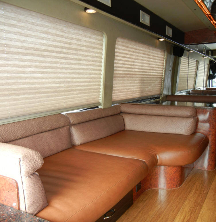 1999 MCI J4500 Executive /VIP Bus # 49249 For Sale at Staley Bus Sales in Nashville, Tennessee.