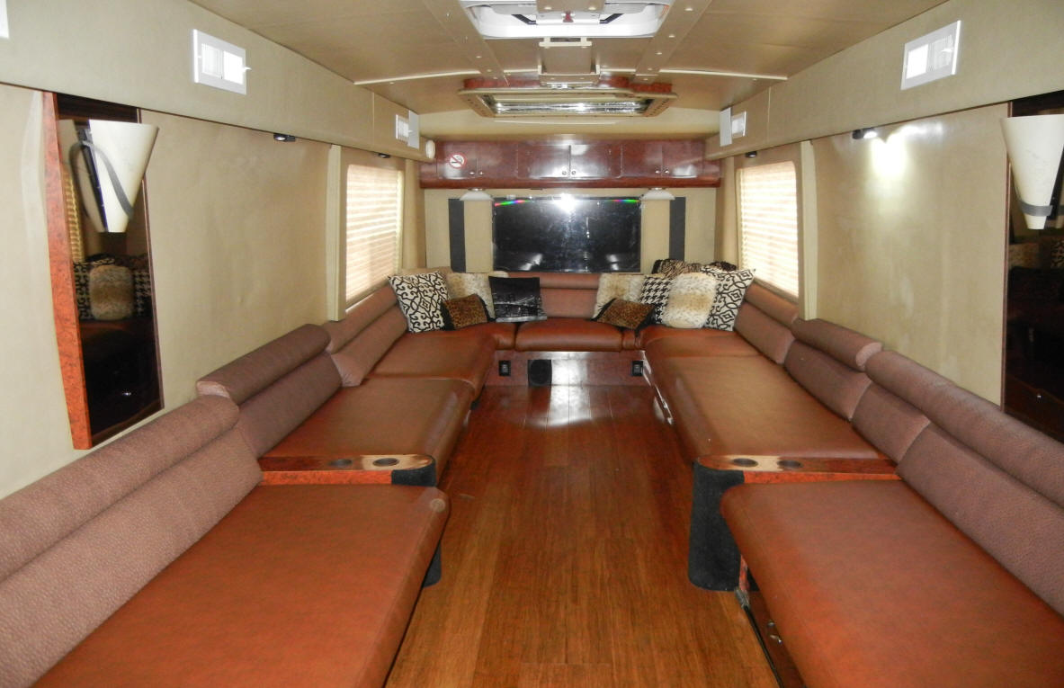 1999 45 FT.MCI J4500 Executive / VIP Bus For Sale at Staley Bus Sales in Nashville, Tennessee.