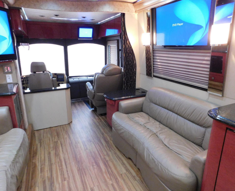 2007 Prevost XLII Front Slide Entertainer Bus # 49295 For Sale At Staley BUs Sales in Nashville, Tennessee.