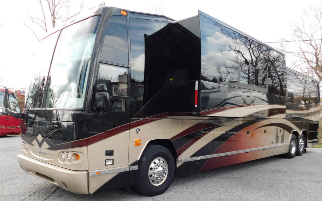 2011 H3-45 Prevost Entertainer Bus # 49297 For Sale at Staley Bus Sales in Nashville, Tennessee
