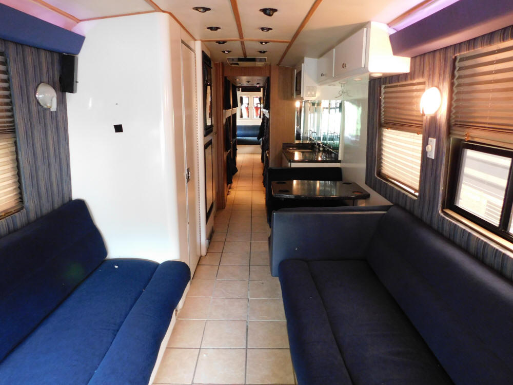 1997 Prevost LeMirage Entertainer Bus # 49306 For Sale at Staley Bus Sales, Nashville, Tennessee.