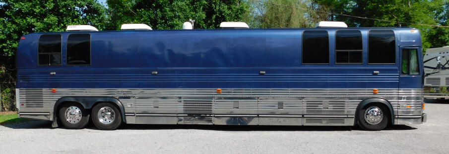 49306 1997 Prevost Entertainer Bus For Sale at Staley Bus Sales in Nashville, Tennessee