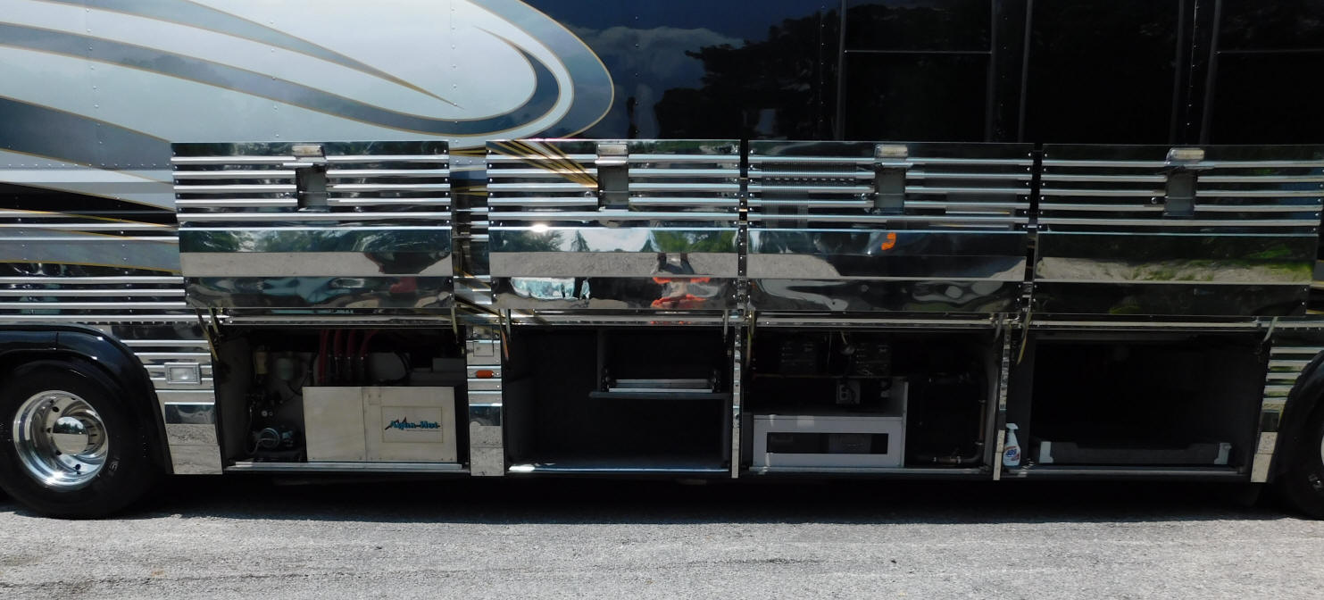 1994 Prevost LeMirage XL Motorhome, Conversion By Royal Coach For Sale at Staley Coach, Nashville, Tennessee.