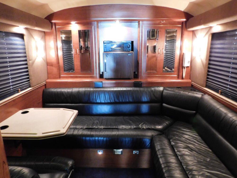 1998 Prevost LeMirage XL Entertainer Bus # 49338 For Sale at Staley Bus Sales / Staley Coach, Nashville, Tennessee