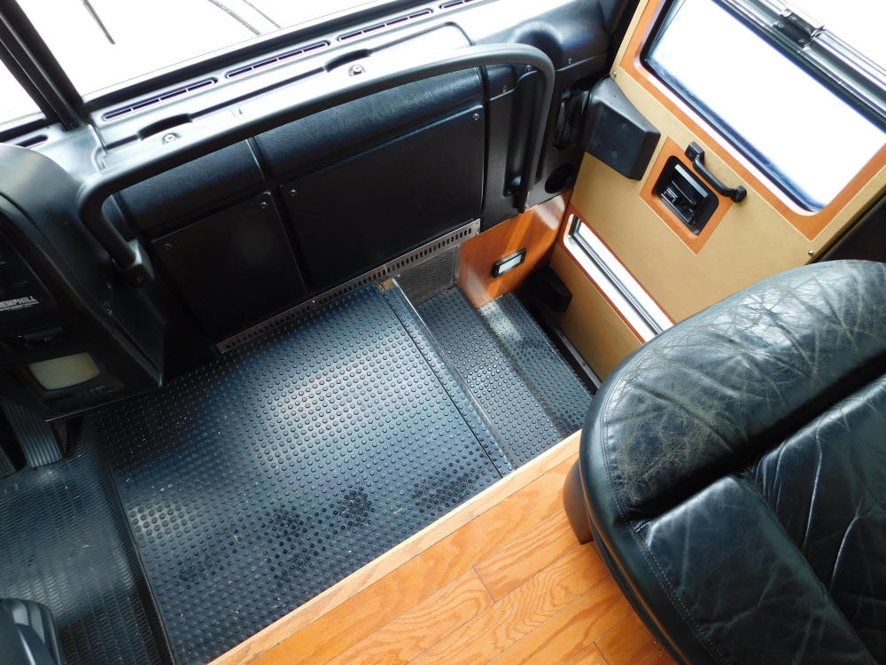 1999 H3-45 Prevost Star Bus # 49345 For Sale at Staley Bus Sales in Nashville, Tennessee.