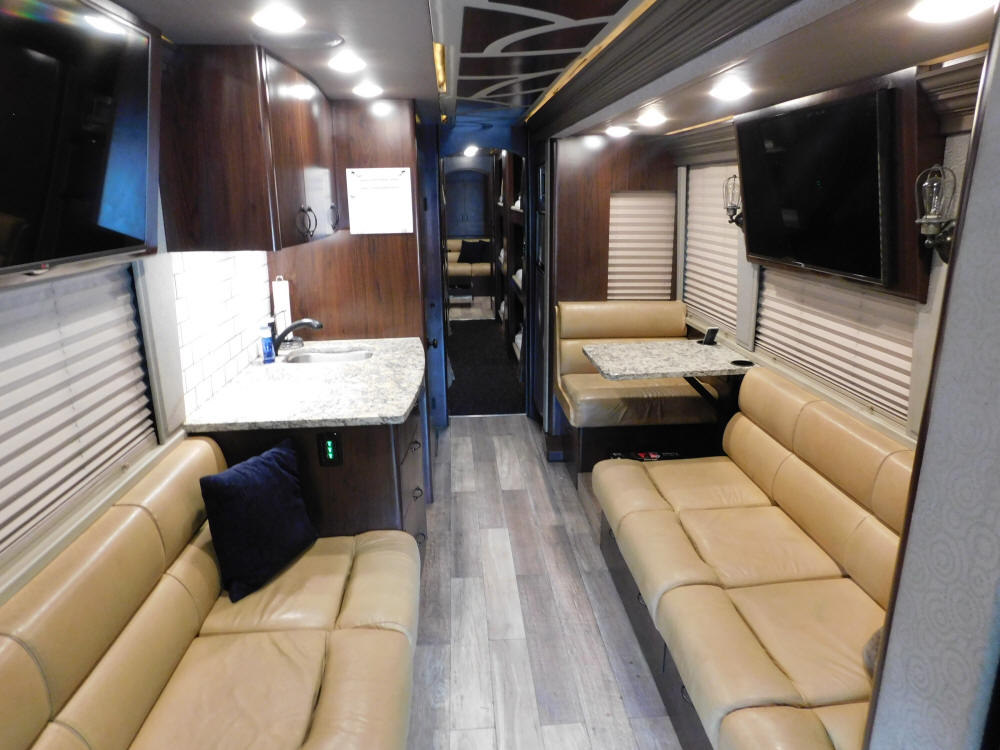 2014 X3-45 Prevost Entertainer Bus For Sale at Staley Bus Sales / Staley Coach, Nashville, Tennessee.