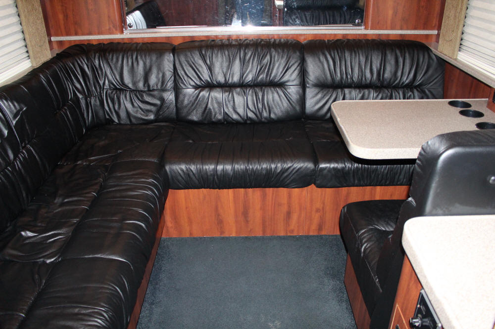 49330, 2004 Prevost XLII Entertainer Bus, Sleeps 12 & Has A Shower, For Sale at Staley Bus Sales, Nashville, TN.