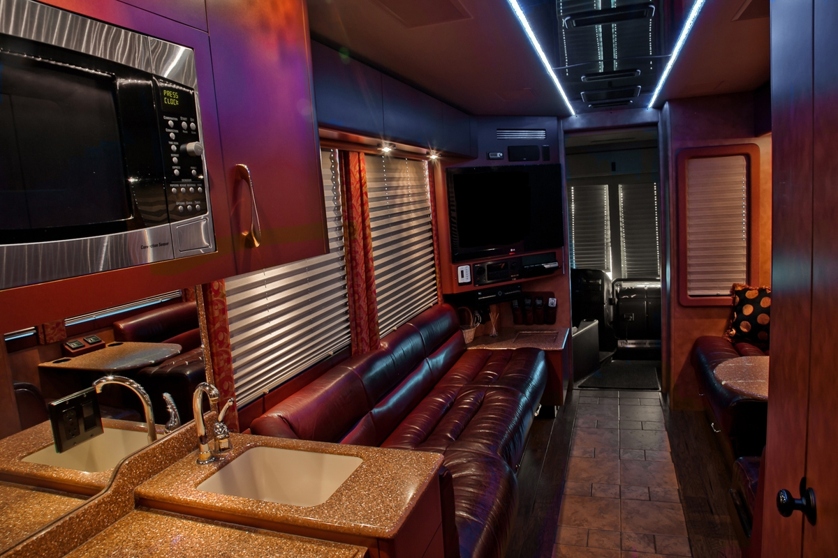 2005 Prevost XLII Entertainer Bus # 49407 that is For Sale at Staley Bus Sales / Staley Coach in Nashville, Tennessee.