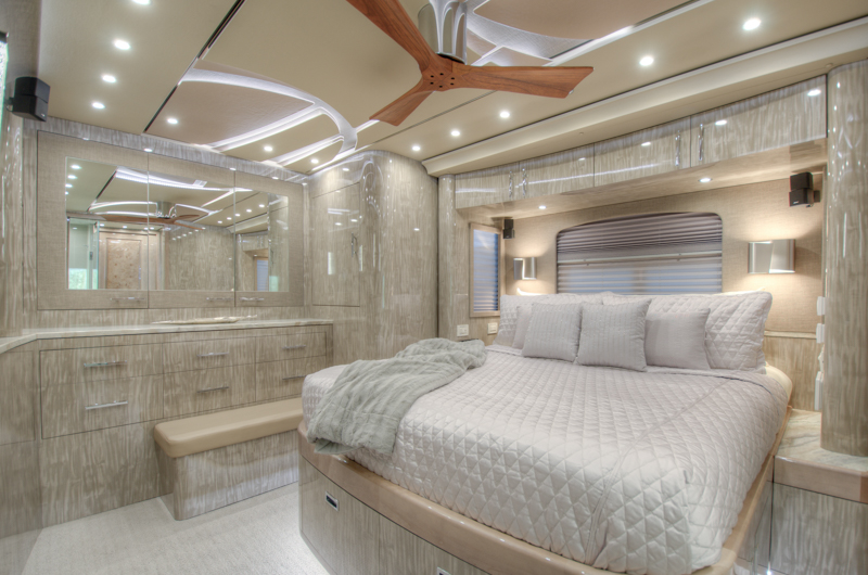rear stateroom on prevost mh